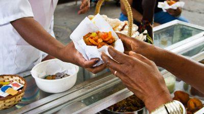Cadastramento de baianas de acarajé começa nesta terça-feira (22) e segue até o dia 25 de outubro