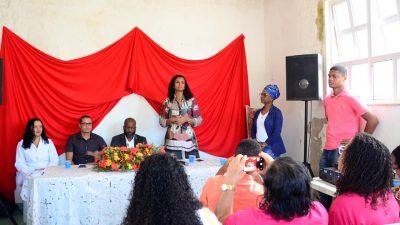 """SDHCJ: Roda de conversa sobre """"Saúde e à Autoestima da Mulher Negra"""" mobilizou a comunidade de São Bento, em São Francisco do Conde"""