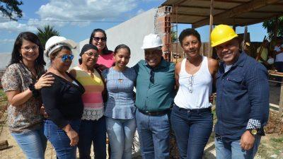 Comitiva fez visita às obras da nova ala do hospital, creche, CAPS e Academia da Saúde