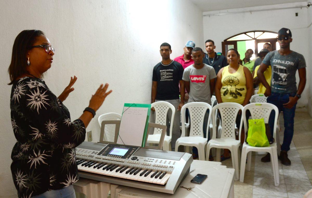 SECULT: Cursos de Canto e Coral e Teclado atraem jovens franciscanos