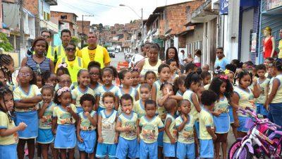 Departamento de Trânsito e Transportes (DTT) realizou ação socioeducativa para as crianças