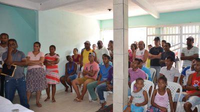 Gestão reúne moradores da Curupeba para tratar de calçamento para a localidade