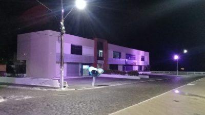 Outubro Rosa: Cidade ganha iluminação especial e ações de saúde em alusão a luta contra o Câncer de mama