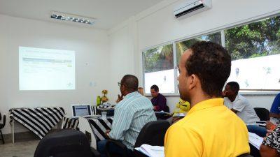 """Secretaria de Desenvolvimento Econômico (SEDEC) promoveu oficina sobre """"MEI: Você sabe como emitir nota fiscal?"""""""