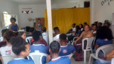 Jovens franciscanos participaram de ciclo de palestras e atividades promovidas pelo CRAS do Caípe