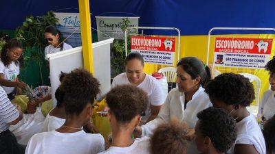 Saúde Bucal promoveu atividades na sede e em Paramirim, nesta quinta-feira (29)