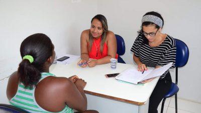Moradores do Monte Recôncavo receberam o Projeto CRAS Itinerante nesta quinta-feira (14)