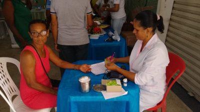 Idosos participam de ação voltada à saúde e bem-estar