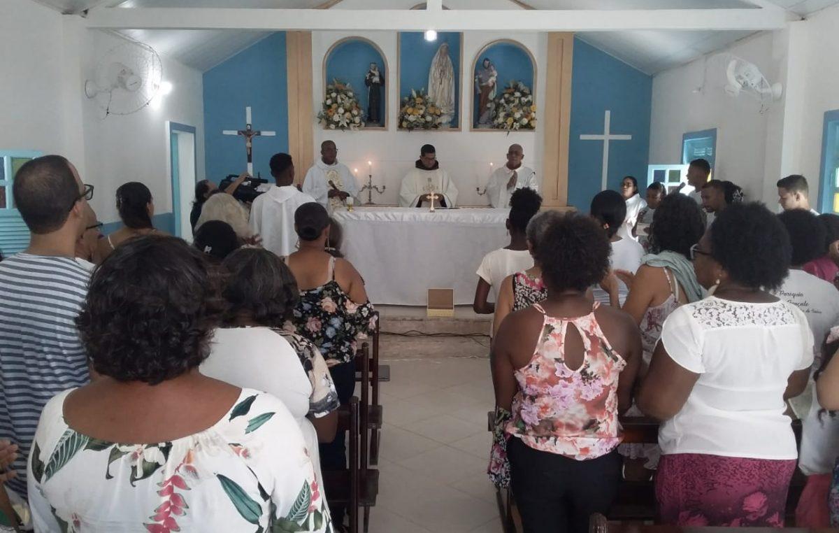 Fé renovada em Festejos de Santo Antônio dos Navegantes na Ilha das Fontes