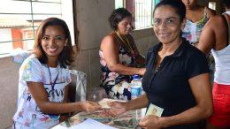 Prefeitura realizou a entregada dos tickets na comunidade da Jabequara