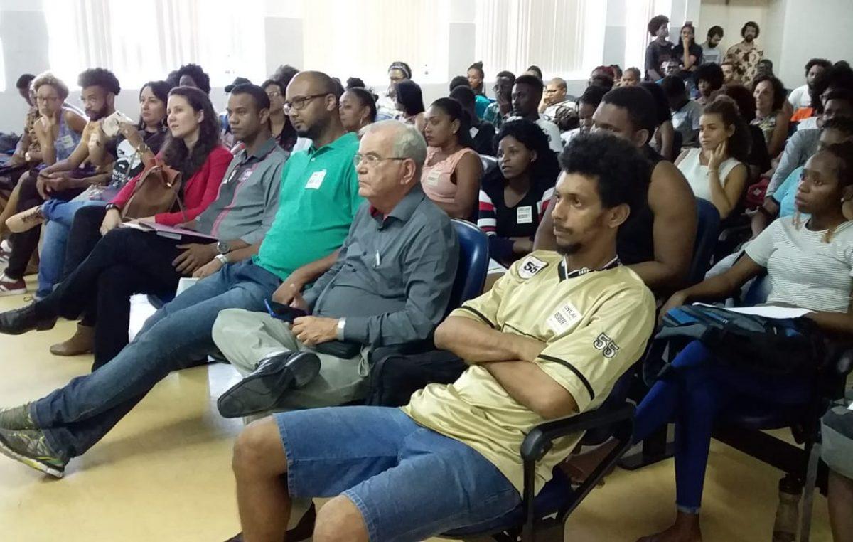 Ato Público em defesa da Educação e Campus dos Malês