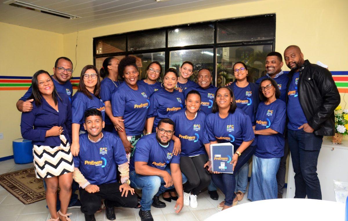 Muito estímulo e histórias de sucesso na aula inaugural do Pré-ENEM