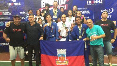 Atletas franciscanos se destacam na IV Etapa do Campeonato Baiano de Jiu-Jitsu e delegação soma mais 11 medalhas ao seu currículo