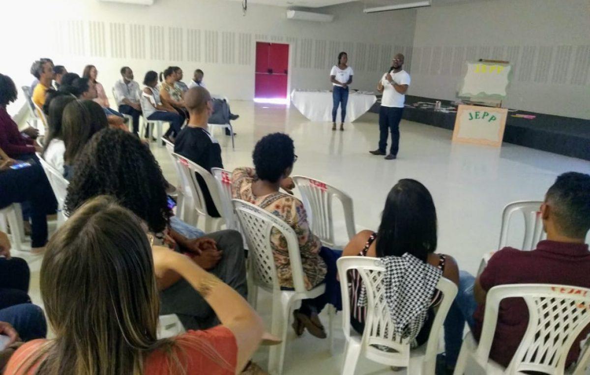 Primeiro encontro de formação de multiplicadores do programa Jovens Empreendedores Primeiros Passos mobiliza profissionais da Rede Municipal de Ensino