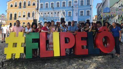 CRAS Caípe levou 28 jovens do Serviço de Convivência e Fortalecimento de Vínculos para 3ª edição do Flipelô