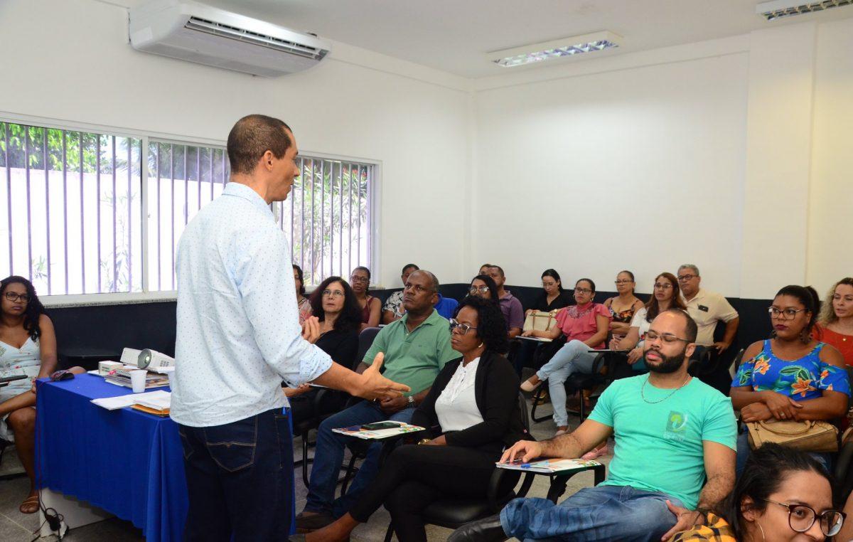 SEGAD: Mais uma oficina de capacitação profissional foi realizada pela Escola de Governo