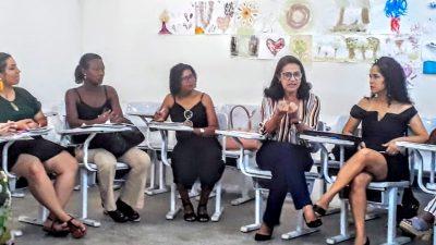 Técnicos da Secretaria da Educação de São Francisco do Conde participam em peso do V Seminário Sobre Formação de Professores em Exercício – CURRICULO (RE)CRIAÇÃO DE CENÁRIOS EDUCATIVOS