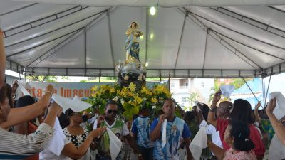 Comunidade franciscana homenageou Nossa Senhora da Conceição com missa e procissão