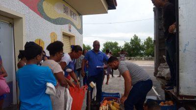 70 famílias franciscanas receberam alimentos doados pela Prefeitura