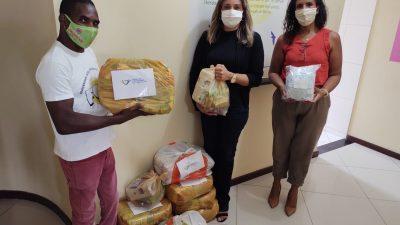 Secretaria de Direitos Humanos, Cidadania e Juventude (SDHCJ) entrega doações do projeto Drive Thru Solidário