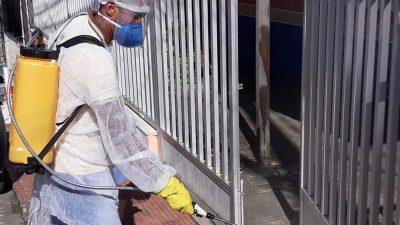 Prefeitura continua com operação de desinfecção e higienização contra o coronavírus por toda cidade