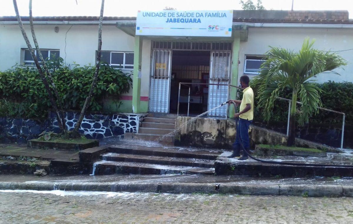 Prefeitura de SFC continua com a desinfecção e higienização de espaços públicos contra o coronavírus