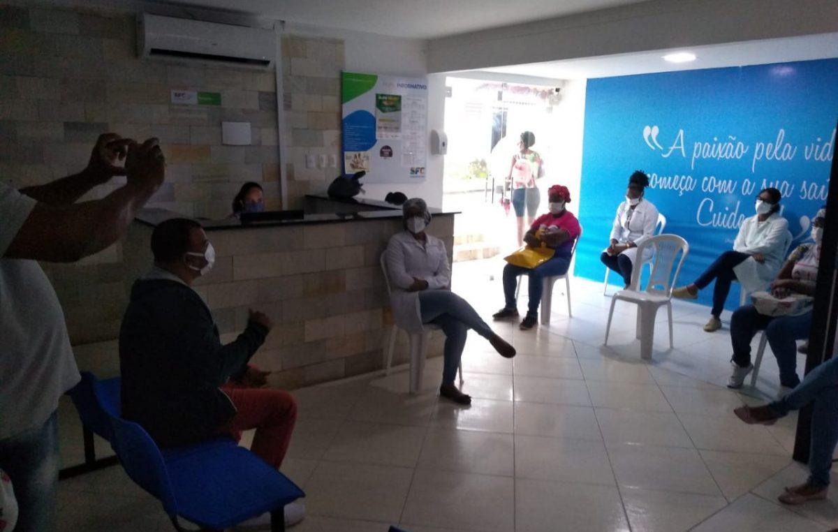"""Saúde promoveu roda de conversa sobre """"Processo de Trabalho e Medidas de Biossegurança no Contexto da Pandemia"""", no Calmonte"""