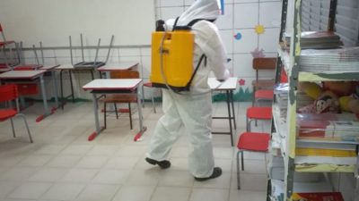 Covid-19: Prefeitura reforçou desinfecção de espaços públicos para o pleito eleitoral deste ano