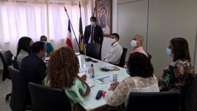 Prefeito Evandro Almeida e membros da Comissão de Transição do próximo governo reuniram-se com representantes da RLAM nesta quinta-feira (10)