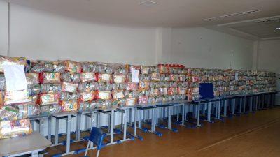 Kits Alimentação Escolar são entregues para os alunos da Rede Municipal